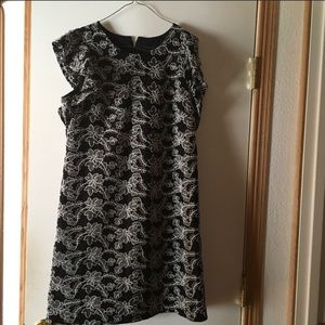 Embroidered look fancy stitch dress 10 NWT Lovely